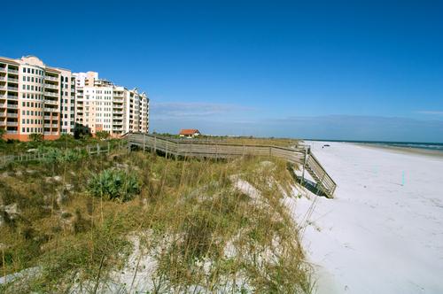 New Smyrna Beach Minorca Condos | www.sarahcaudill.com